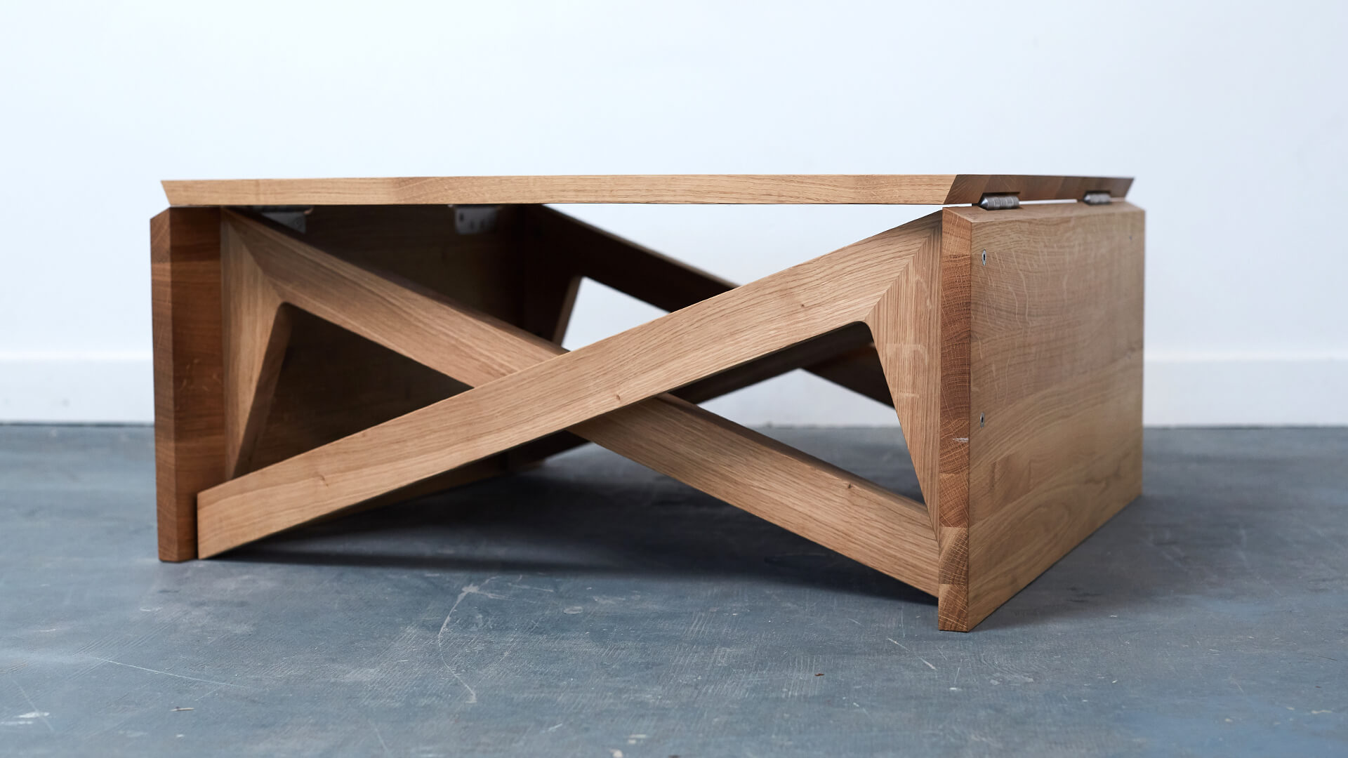 hardwood coffee table oak mk1 transforming coffee table duffy london