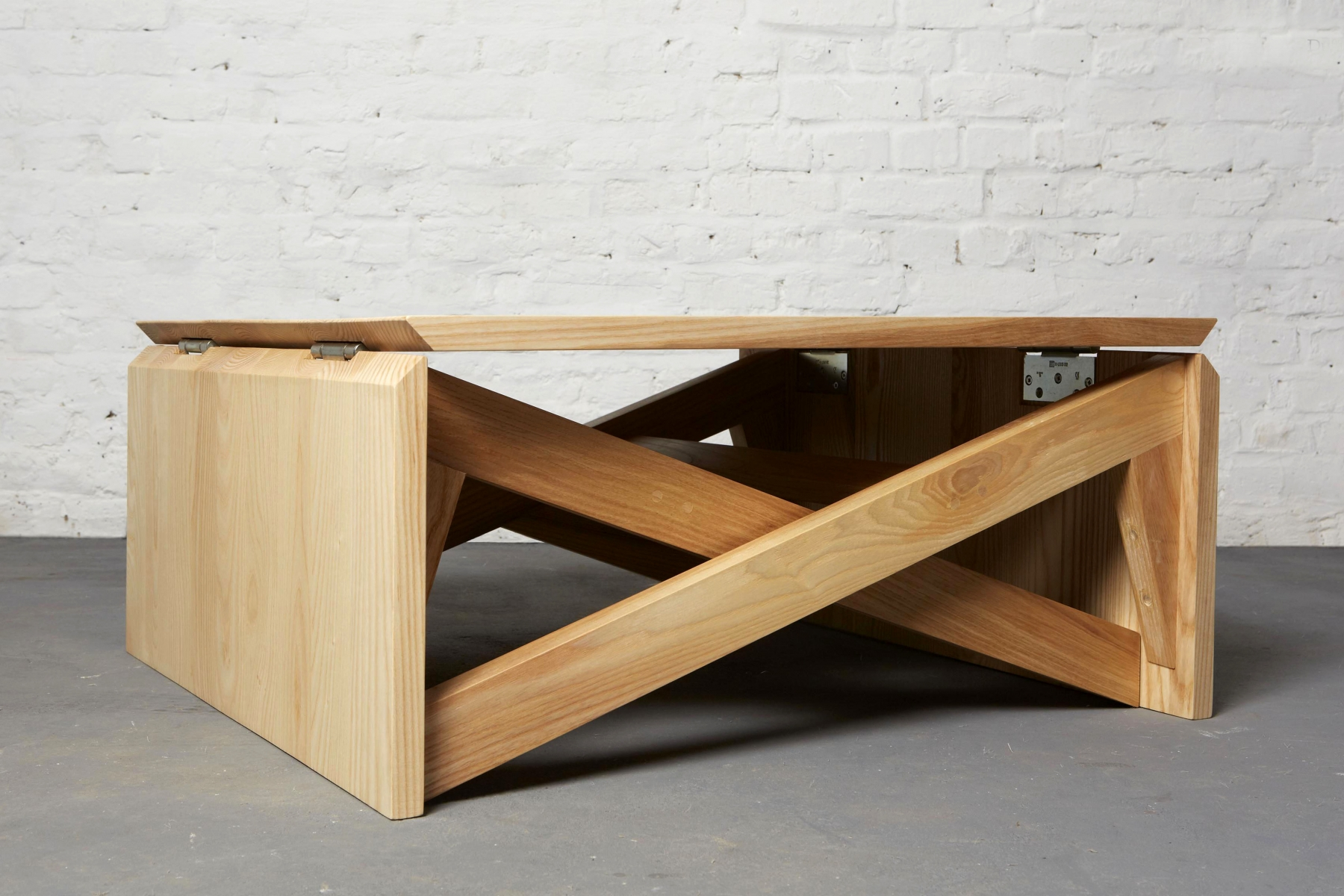 Mk1 transforming coffee table duffy london for Table table table