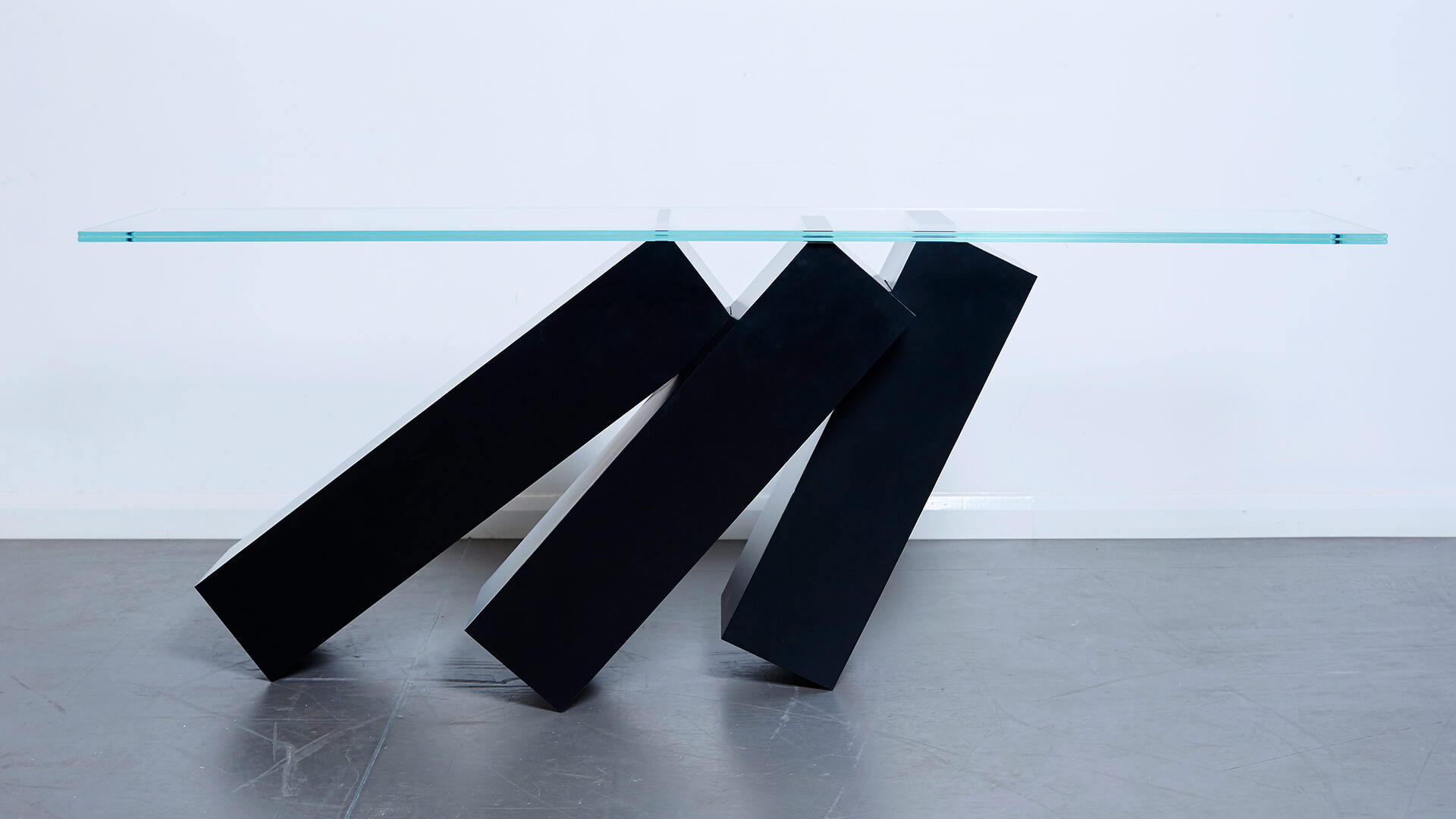 Monolith Console Table_Carousel Image_03