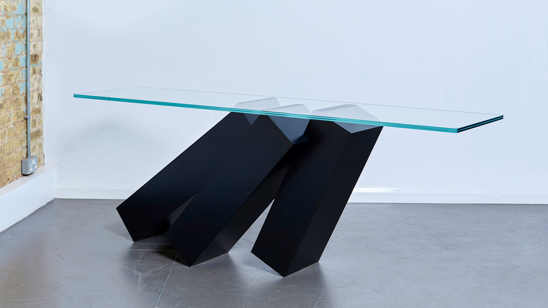 Monolith Console Table_Carousel Image_05