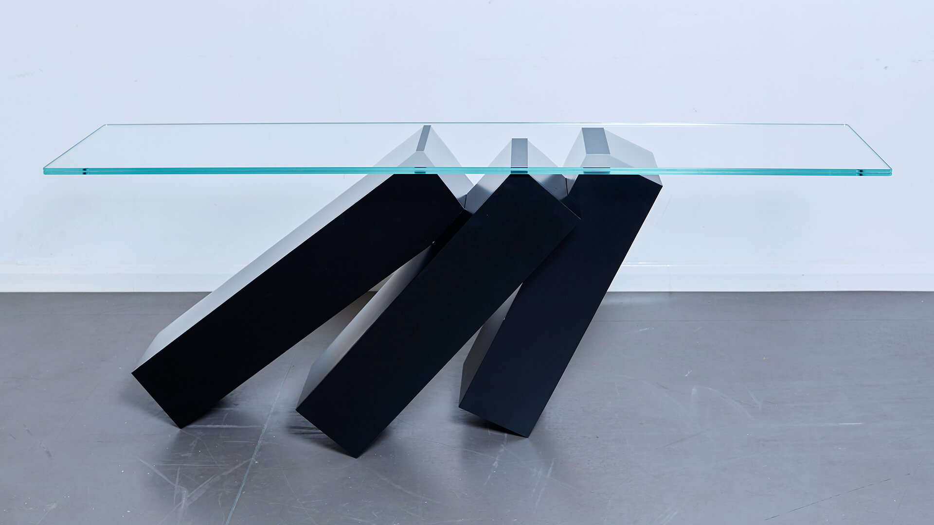 Monolith Console Table_Carousel Image_06