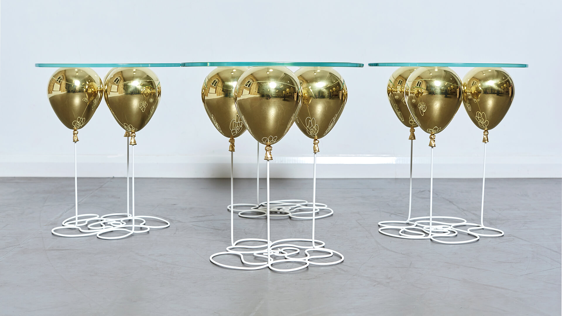 Balloon Sidetable_Carousel Image_03