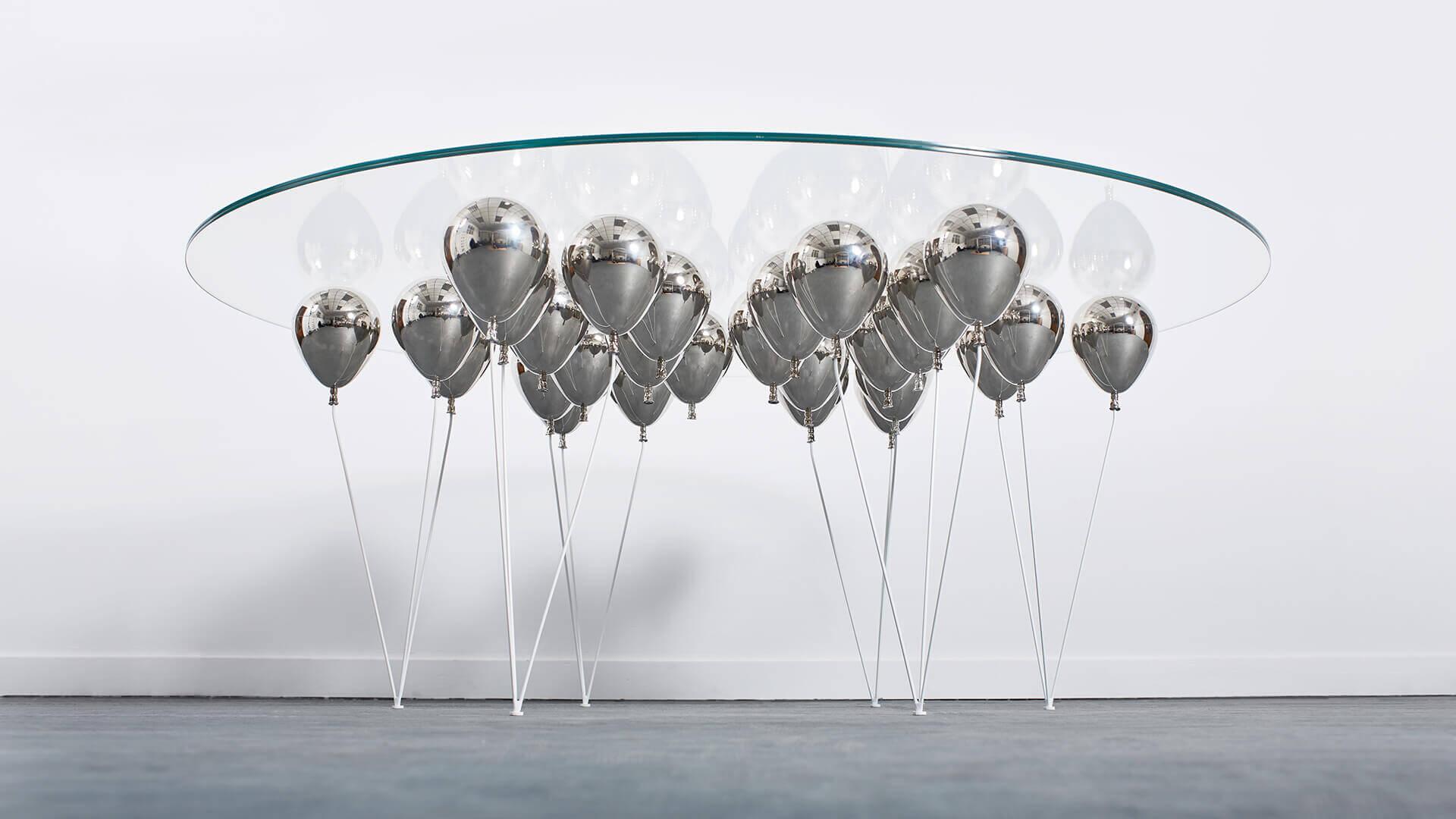 Balloon Dining Round_Carousel_04